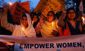 Pakistani-womens-rights-a-007
